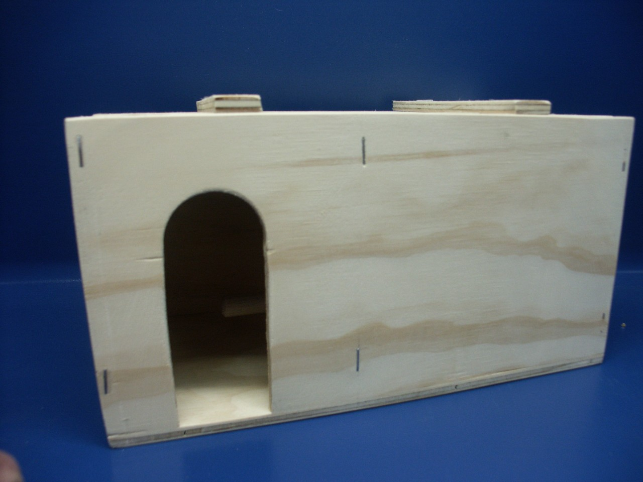 Gouldian Finch Breeding Box with Patio